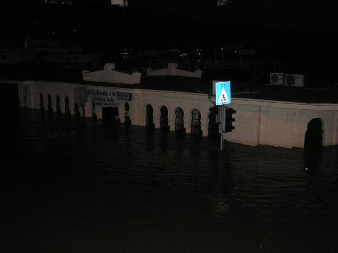 2010. június 7.éjjel